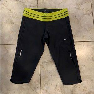 Nike dry fit crop